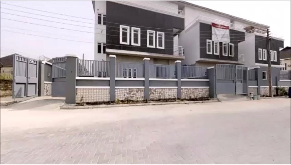 Brand New House in Ajah