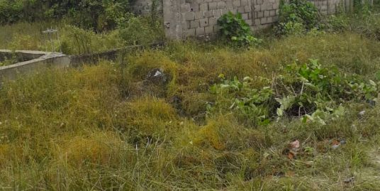 2 plots of land  (1218sqm) Strategically located on Orchid Hotel Road (by lake view 2) availabe for quick  Sale